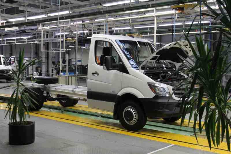 Jubiläum: 25 Jahre Mercedes-Benz Werk in Ludwigsfelde